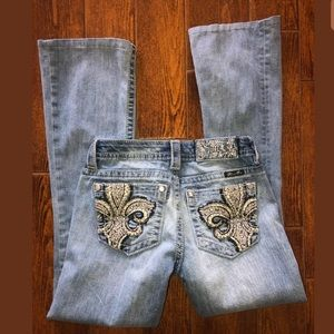 Miss me size 25 x 28.5 embroidered jeans hemmed